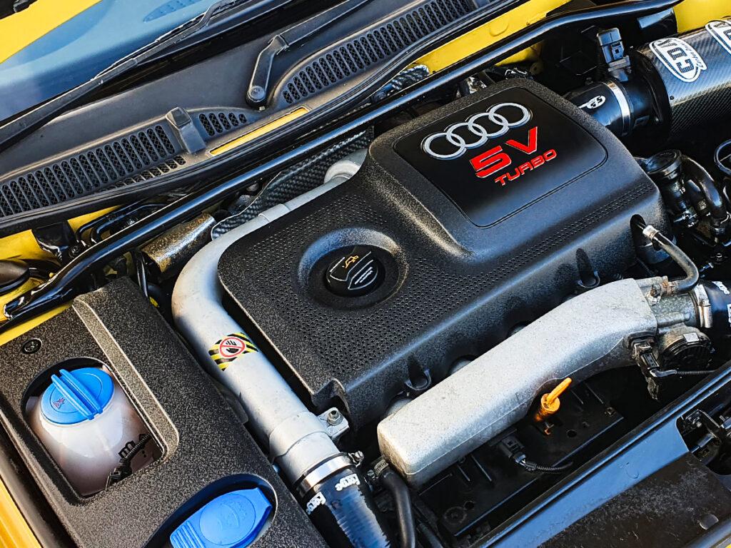 Glodek Prestige Car Detailing Engine Bay Cleaning
